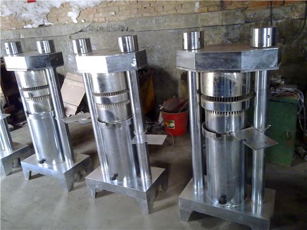 180型液压榨油机